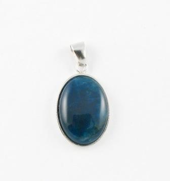 Ag10 silver apatite pendant silver gem stone jewellery gone potty ag10 silver apatite pendant mozeypictures Images