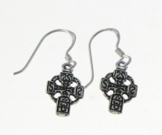 E160 Small celtic cross earrings