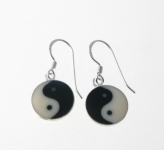 E46 Yin-yan earrings