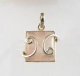 GP20 Silver rose quartz pendant