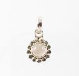GP9 Silver flower pendant