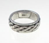 R251 Silver spinner ring