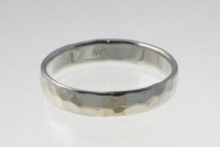 R93 Silver hammered ring