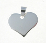 P374 Solid Flat Heart Pendant