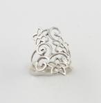 R126 Flowery ring
