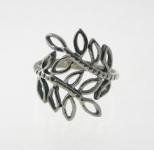 R127 Silver leaf ring