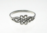 R227 Silver celtic ring