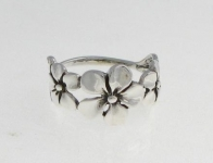 R150 Flower Ring