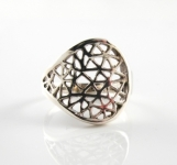 R168 Open weave ring