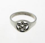 R202 Pentagram ring
