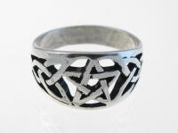 WR6 Pentagram and celtic ring