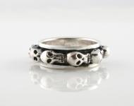 R265 Skull Spinner Ring