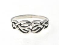 R239 Silver celtic ring