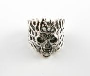 R280 Flaming skull ring