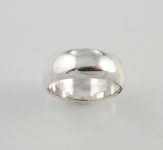 R99 Thick plain band ring