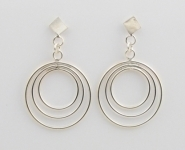 S132 concentric circle studs