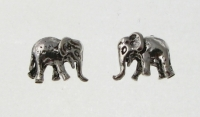 S159 Elephant Studs