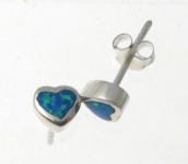 BFOS22 Heart stud earrings