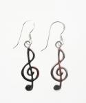 E129 Treble clef earrings