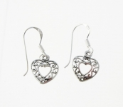 E154 Heart earrings