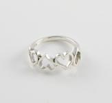 R147 Heart ring