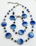 SHE22 Shell and freshwater pearl earrings
