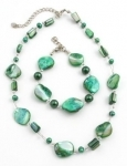 SHN9 Freshwater pearl and shell necklace